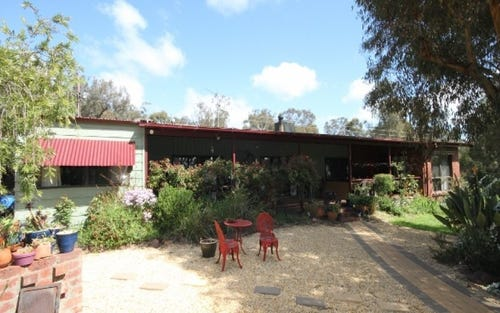 0 Torridon, The Rock NSW 2655