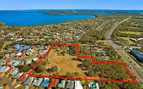 205 Elizabeth Bay Drive, Lake Munmorah NSW 2259
