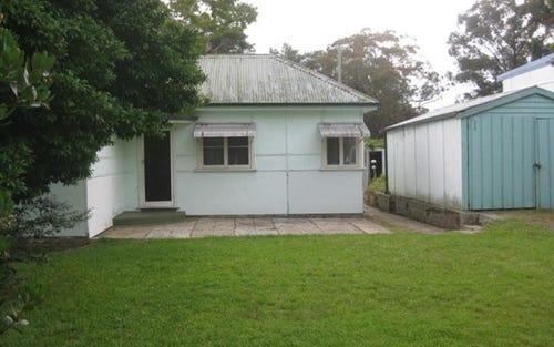 33 Raymond Road, Springwood NSW