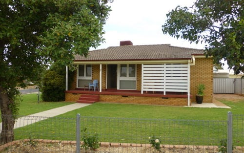 7 Best Street, Parkes NSW 2870