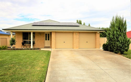42 Sundown Drive, Bathurst NSW