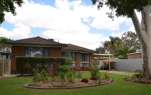 55 Jasmin, Lake Albert NSW