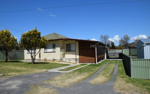 3 CLIVE STREET, Tenterfield NSW 2372