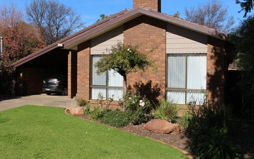 23 Roma Avenue, Leeton NSW 2705