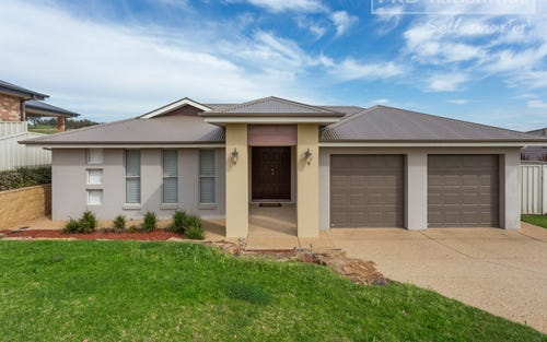 14 Balala Crescent, Bourkelands NSW 2650