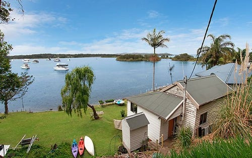 154 Marks Point Road, Marks Point NSW 2280