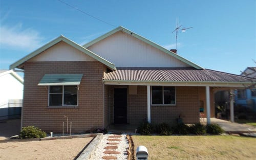 20 Junction Street, Parkes NSW 2870