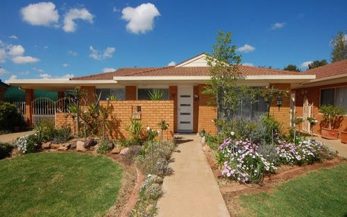 35 & 35a Burley Street, Griffith NSW 2680