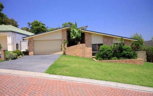 8 Oriana Close, Forster NSW 2428