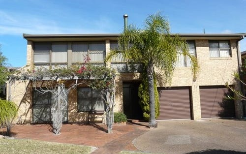 34 High Street, Black Head NSW 2430