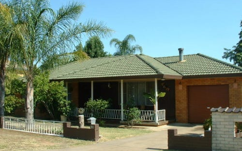 31 Arinya Street, Tamworth NSW