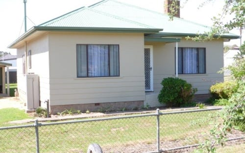 29 Queen, Boorowa NSW 2586