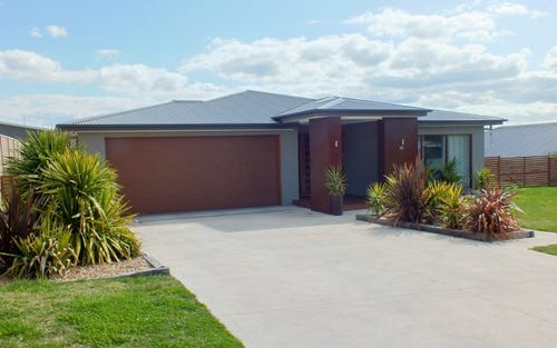 24 Coolabah Close, Kelso NSW 2795