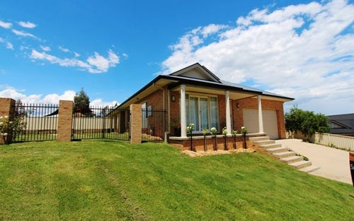 7 Shackleton Close, Windradyne NSW 2795
