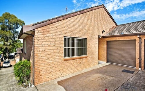2/140 Greenacre Road, Greenacre NSW 2190