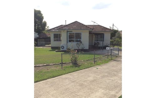 4 Wilbur Street, Greenacre NSW