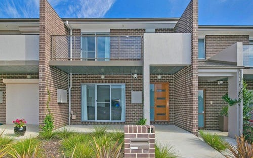 83 Plimsoll Drive, Casey ACT