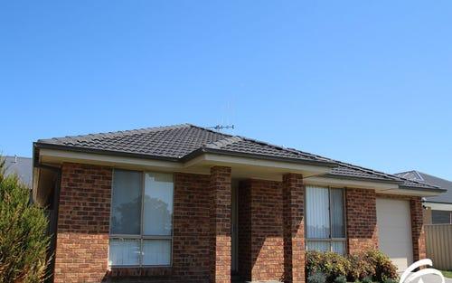 35 Moonstone Drive, Orange NSW 2800