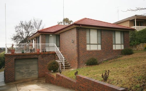 6 Rowley Place, Queanbeyan ACT