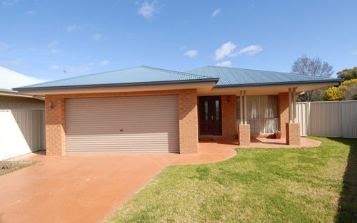 5 Thomas Court, Deniliquin NSW 2710