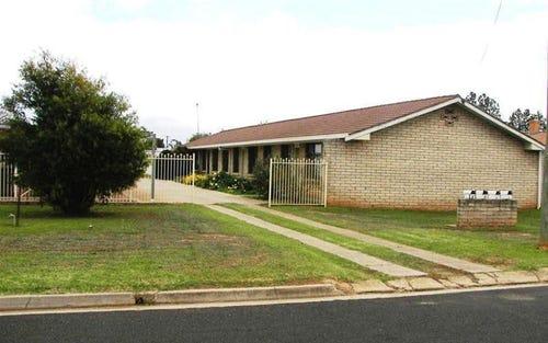 4 Cooyal Street, Cowra NSW 2794