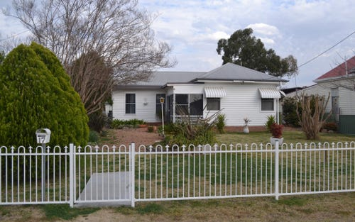 17 Chester Street, Inverell NSW 2360