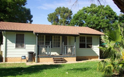 Address available on request, Warren NSW