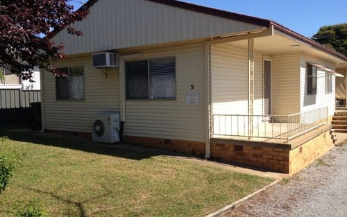 1/5 Griffin Avenue, Tamworth NSW
