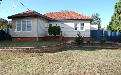 14 Want Street, Parkes NSW 2870