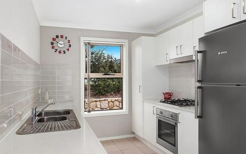 3/7 Loveday Crescent, Casey ACT