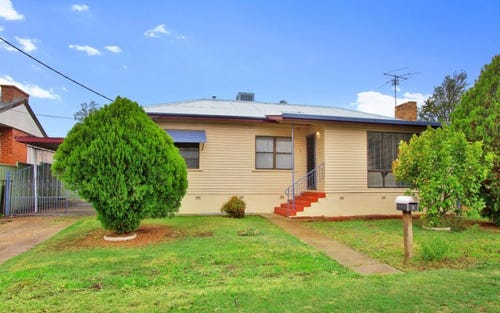 8 Patterson Street, Tamworth NSW 2340