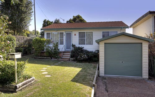 1 Hazel Close, Berkeley Vale NSW