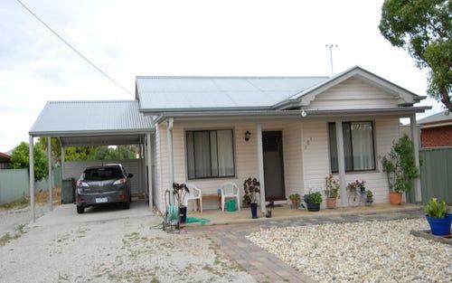101 CRISPE STREET, Deniliquin NSW 2710