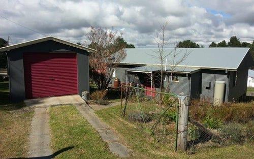 12 Uralla Street N, Uralla NSW 2358