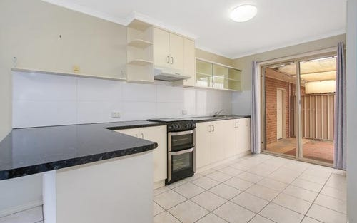 1/472 Breen Street, Lavington NSW