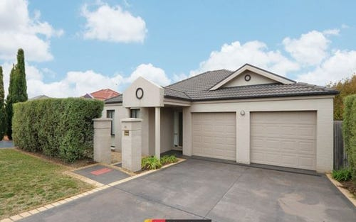 16 May Mills Close, Nicholls ACT