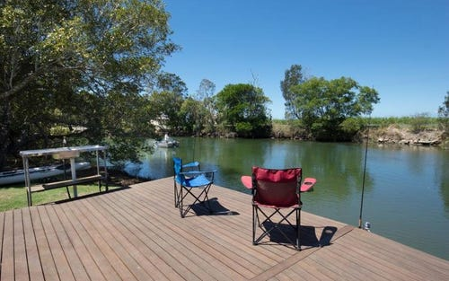 206 South Bank Road, Palmers Island, Palmers Channel NSW 2463
