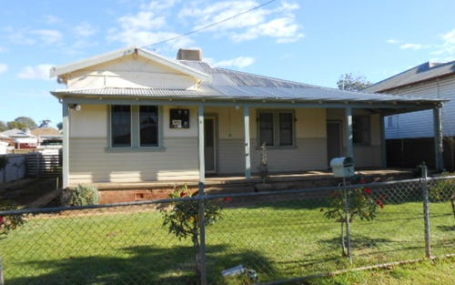 5 Carrington Street, Parkes NSW 2870