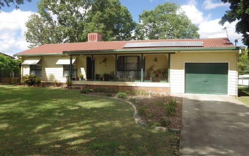4 Myall Place, Moree NSW 2400