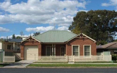 219 Rocket St, Bathurst NSW