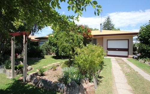 91 Logan Street, Tenterfield NSW 2372