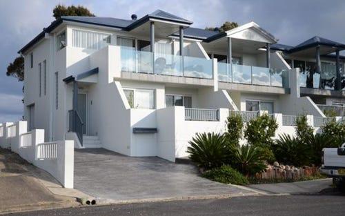 1/4 Marine Drive, Narooma NSW 2546