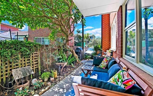 2/27 Hawkesbury Avenue, Dee Why NSW
