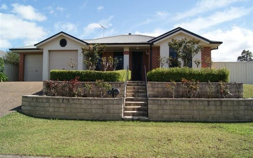 9 The Grove, Singleton NSW 2330