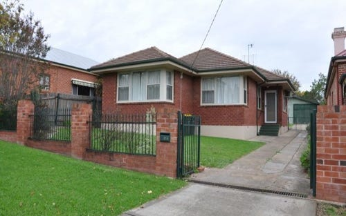 214 Rocket Street, Bathurst NSW 2795