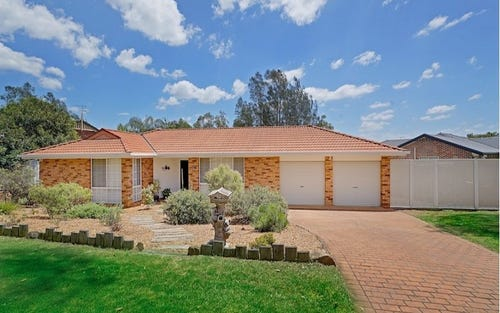 13 Charles Place, Mount Annan NSW 2567