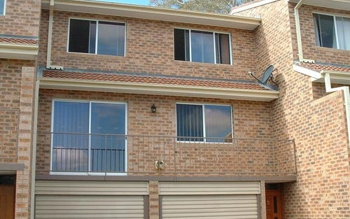 3/2 DOYLE PLACE, Queanbeyan ACT
