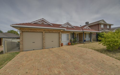 22 Glen Alpha Close, Tamworth NSW 2340