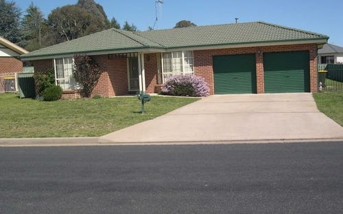 25 Northstoke Way, Orange NSW
