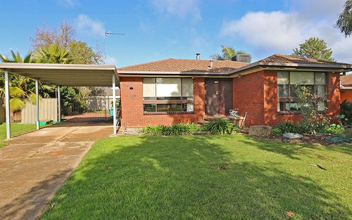 5 Dunn Avenue, Forest Hill NSW 2651